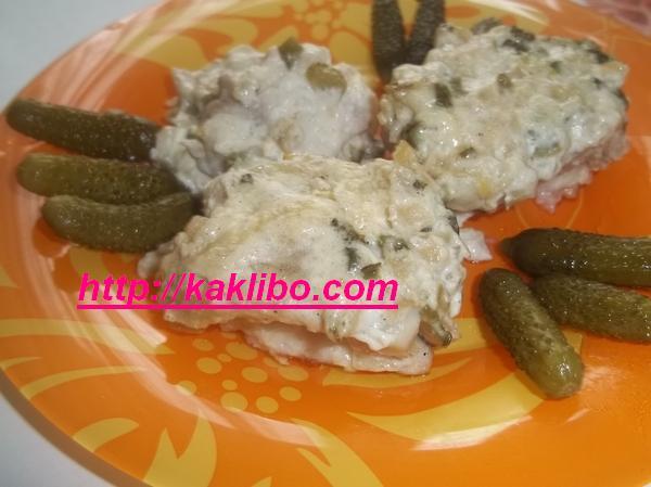 сом с солеными огурчиками